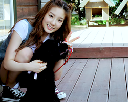 Taeyon and Dog by snowflakeVIP