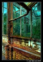 Rusty GreenHouse by Leeby