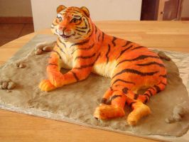 Tiger cake by Shoshannah84