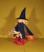 Witch papercraft by Drummyralf