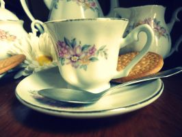 My old tea cup by ZiaFreud