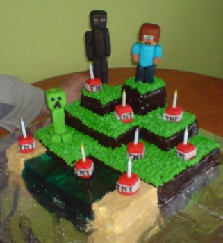 Minecraft Cake 2 by Aranel-Inglorion