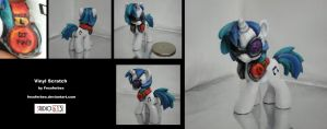 Vinyl Scratch (Red Headphones) by Fesoferbex