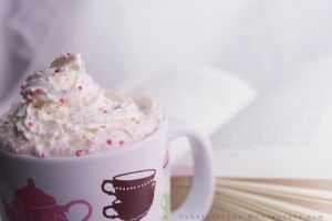 Hot Chocolate by ElyneNoir