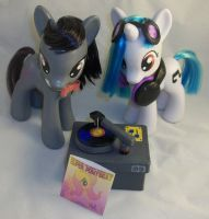 Custom Fashion Style DJ PON-3 and Octavia Set by Gryphyn-Bloodheart