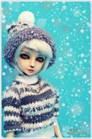 Snowing... by Kayima