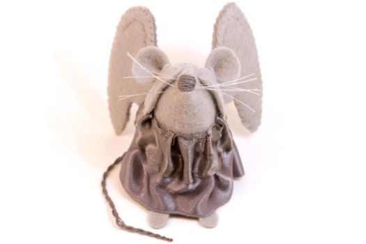 Effi Weeping Angel Mouse by The-House-of-Mouse