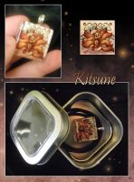 Glass Pendant: Kitsune by neondragon