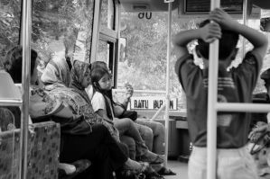 On the Bus by rosewine4
