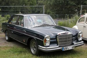 Mercedes Benz 280 S by Budeltier