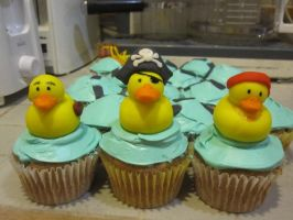 Pirate duck cupcakes 2 by recycledrapunzel