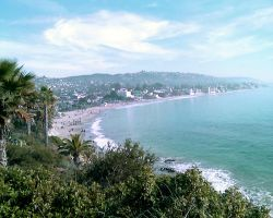 Christmas at Laguna Beach by Bloodred070