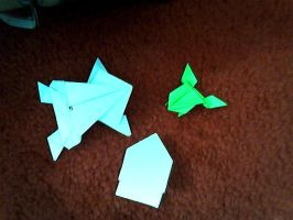 Origami Frogs by hatshere