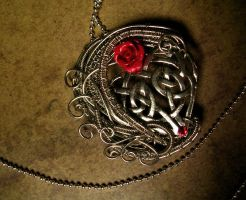 Wire Wrapped - Celtic Heart - Red Rose by LadyPirotessa