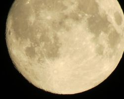 Moon View 28th of August 3 by Kattvinge