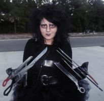 Mrs. Edward Scissorhands by madgirlsrock723