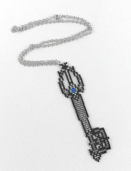 Oblivion Keyblade Pendant by angelyques