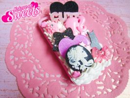 Pink Creepy Cute Decoden Iphone 4/4S Case by kpossibles