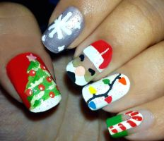 Christmas Nails I by fractionVerse