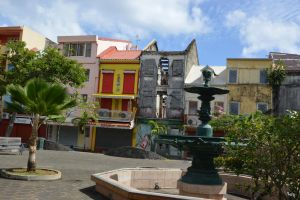 Street and building to Fort De France by A1Z2E3R