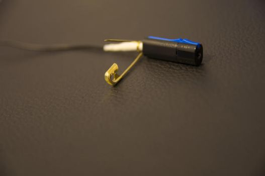 improved PS4 earbud by yotsuffy