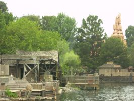 Frontierland by Saquena