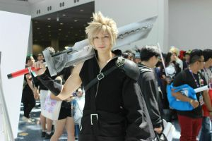 Cloud Strife cosplay by funnaejc