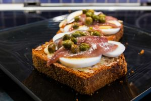 Anchovies and Egg sandwich by attomanen