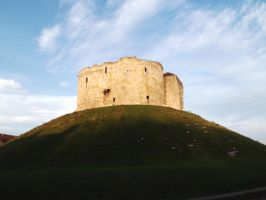 Cliffords Tower of York by iced-moon
