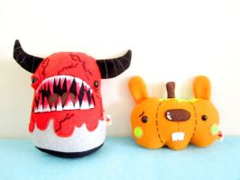 Halloween Plush 2010 by casscc
