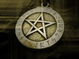 Runic Pentacle - Antique by Lancaid