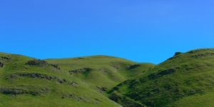Green Hills by Frostola