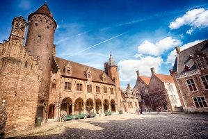 Square close to the Church of Our Lady in Brugge by elvistudio