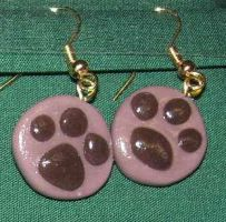 Paw earrings by ladytech