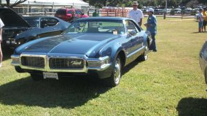 Oldsmobile Toronado by vash68