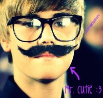 Justin Bieber is super cute xD by charyllebieber
