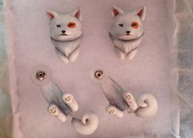 Samoyed Dangle Earrings by Gatobob