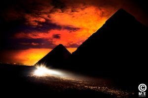 The Pyramids as never seen by manhunt