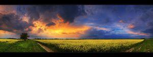 Hungarian skies pt.LXXXIV. by realityDream