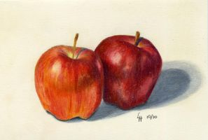 2 Apples by LindaHennessy
