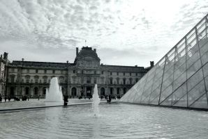 The Louvre by AfroDitee