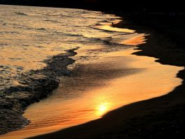 Waves on the Shore... by Michies-Photographyy