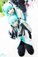 Vocaloid : Miku and Mikuo -1- by basilicum84