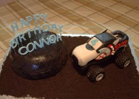 Monster Truck Cake by lenslady