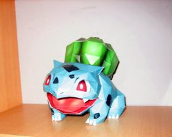 Bulbasaur papercraft by safaksimsek