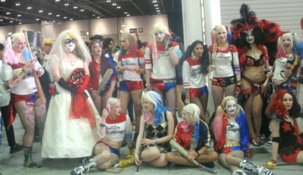 London comic con Happy Harley  Quinn's by Uproariousorake