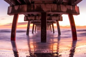 Sunrise under the pier by RoyalImageryJax