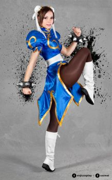 Chun Li cosplay IV. by EnjiNight
