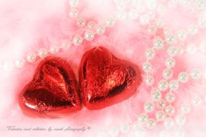 Red and dreamy by shatinn