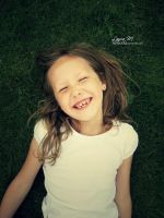 Smile by lauramejer